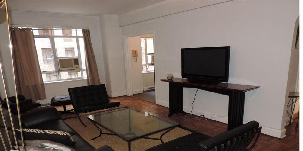 4 Rooms 1 Bed 1 Bath In 25 Central Park West 5d In Lincoln Square Furnished Apartments Nyc